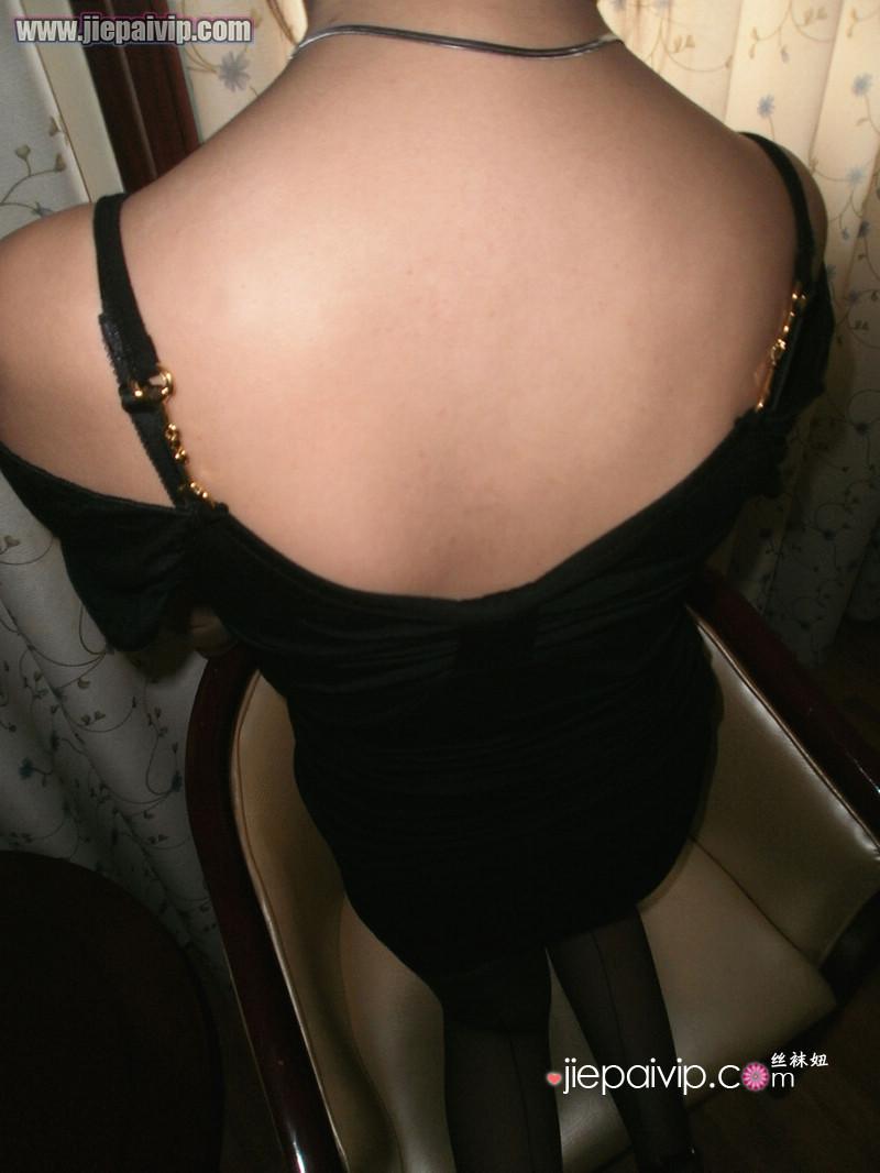 朋友妻子的黑丝诱惑20