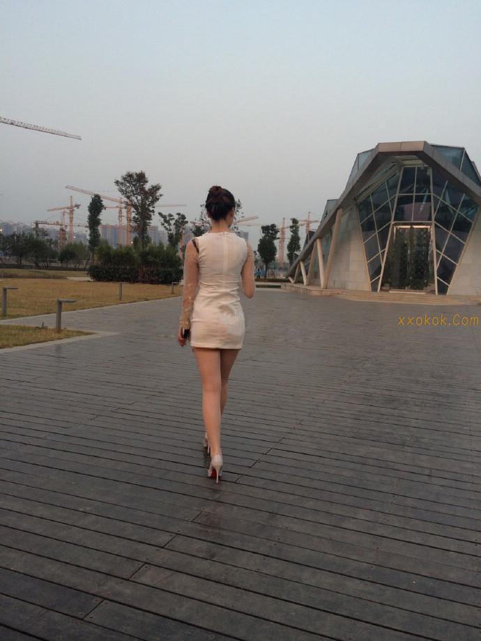 我钟爱粉色指甲油,更偏爱黑丝短裙,第二季48