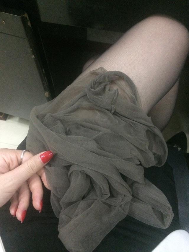 我钟爱粉色指甲油,更偏爱黑丝短裙,第十季22