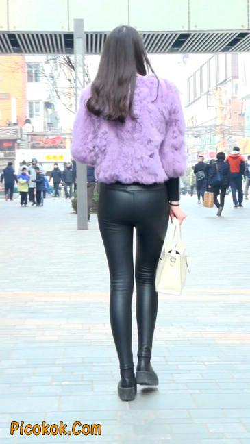 极品美女性感紧身皮裤绝对让你意犹未尽