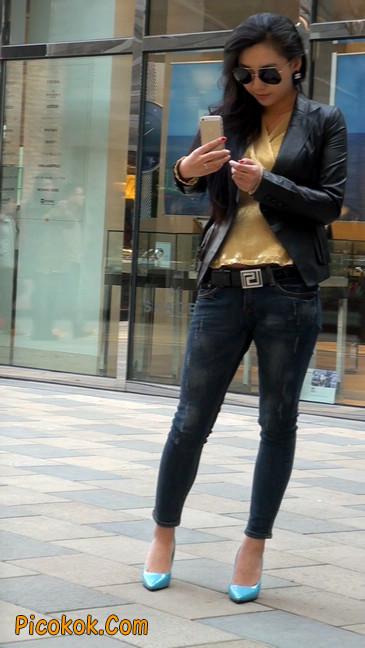 街拍高挑紧身,牛仔裤美女性感大方42