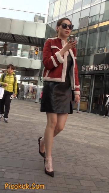 一路有人问要电话的短裙美女8