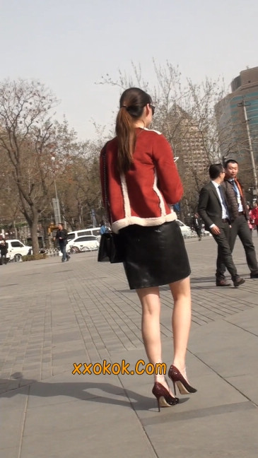 一路有人问要电话的短裙美女20