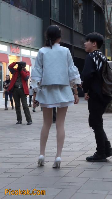 小姐姐的腿好性感会有想摸的冲动10