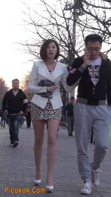 会让你神魂颠倒的豹纹短裙美女99