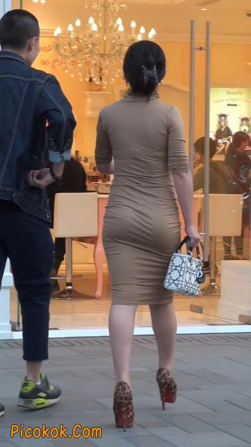 前凸后翘的丰满身材少妇,好妩媚29