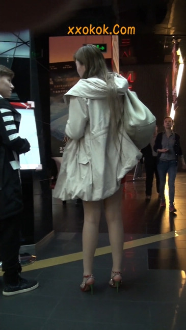街拍非常养眼的长腿性感美女16