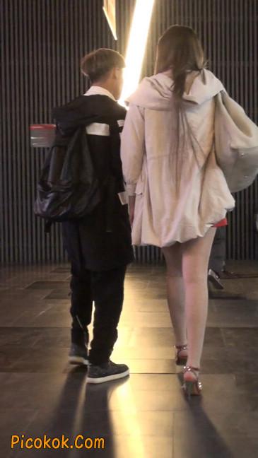 街拍非常养眼的长腿性感美女29