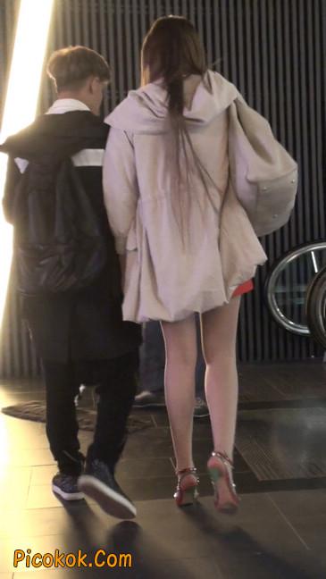 街拍非常养眼的长腿性感美女32