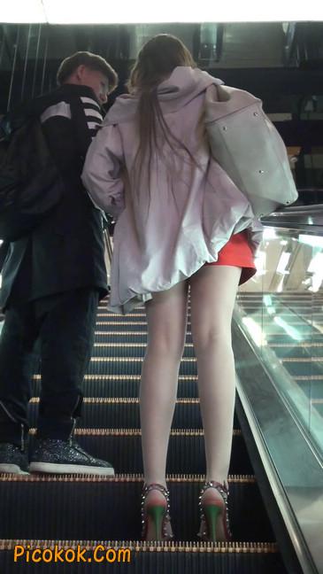 街拍非常养眼的长腿性感美女34