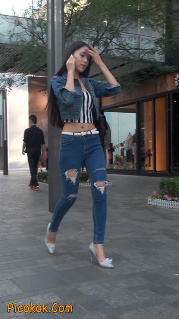 非常漂亮的紧身牛仔裤美女29