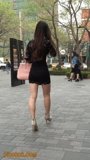 裙子很短的性感美女少妇1