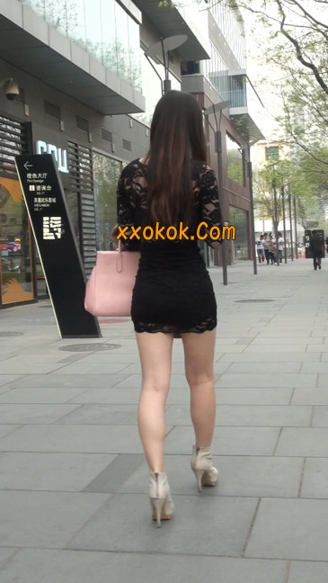 裙子很短的性感美女少妇10