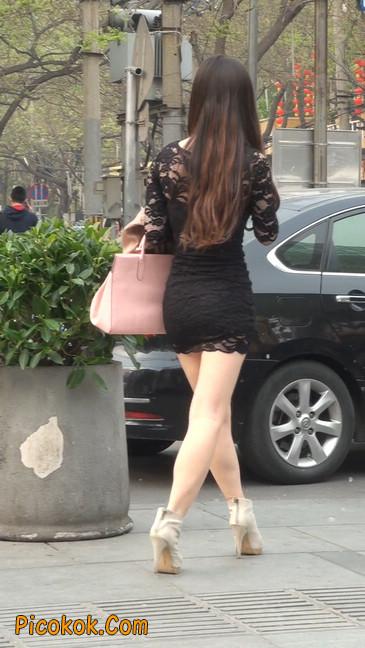 裙子很短的性感美女少妇27