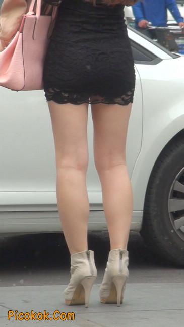 裙子很短的性感美女少妇30