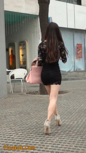 裙子很短的性感美女少妇36