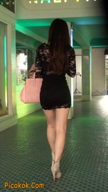 裙子很短的性感美女少妇41