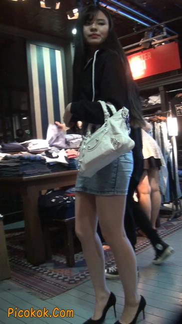 身材超赞的性感牛仔短裙美女57
