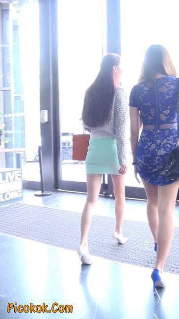 街拍短裙白富美,气质绝佳十分性感迷人3
