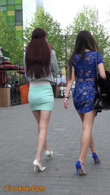 街拍短裙白富美,气质绝佳十分性感迷人38