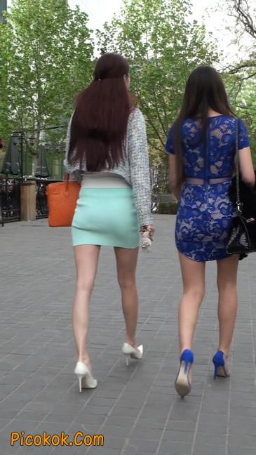 街拍短裙白富美,气质绝佳十分性感迷人42