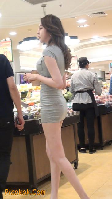街拍极品超短裙气质网红美女14
