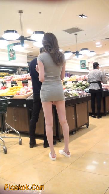街拍极品超短裙气质网红美女15