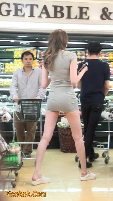 街拍极品超短裙气质网红美女22
