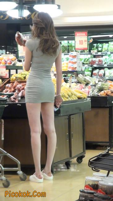 街拍极品超短裙气质网红美女35