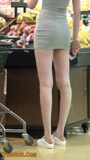 街拍极品超短裙气质网红美女36