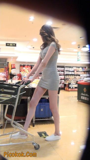 街拍极品超短裙气质网红美女39