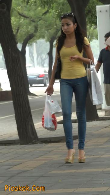街拍穿高跟的美女1