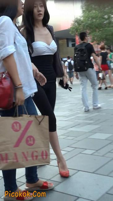街拍极品美女视频27
