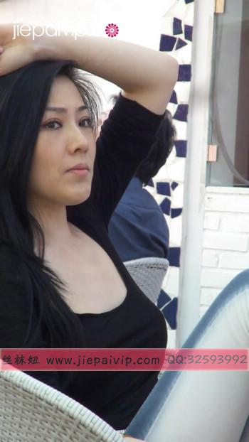 街拍北京街头的极品美女噢7