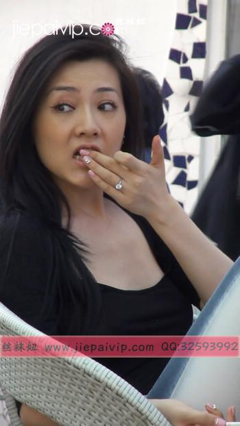 街拍北京街头的极品美女噢8