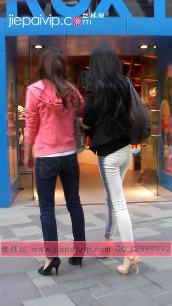 街拍北京街头的极品美女噢47