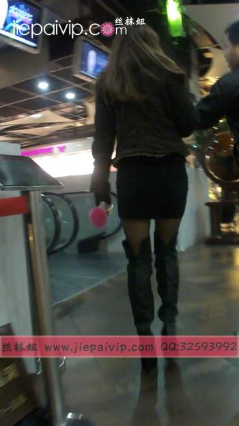 街拍穿长靴子的美女19