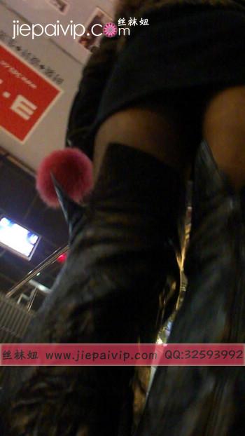 街拍穿长靴子的美女22