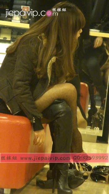 街拍穿长靴子的美女35