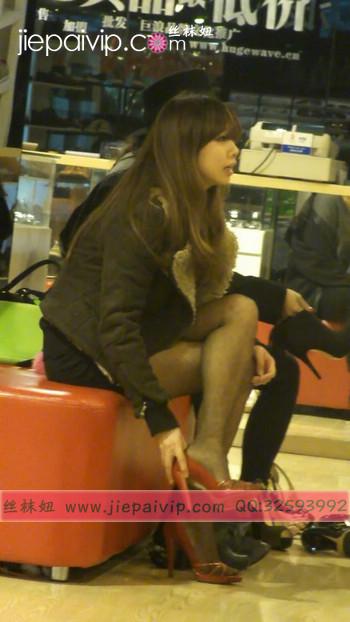 街拍穿长靴子的美女38