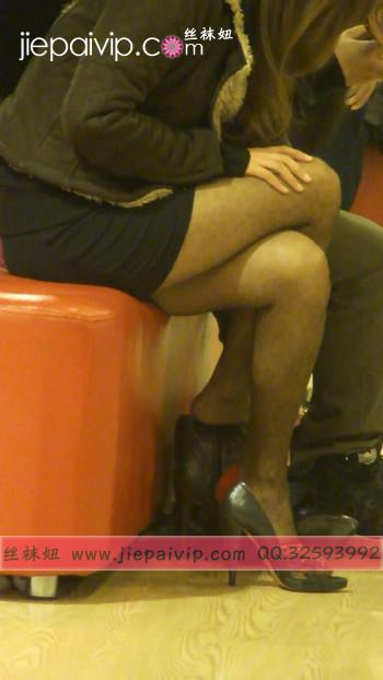 街拍穿长靴子的美女48