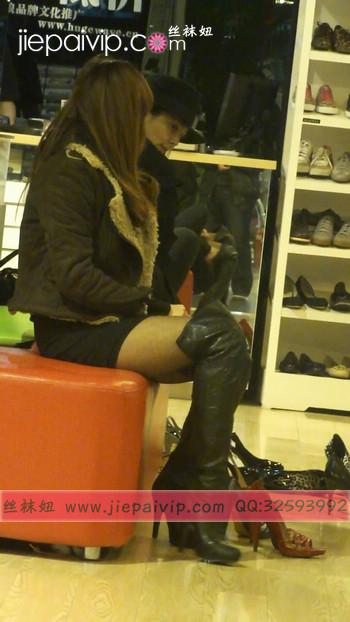 街拍穿长靴子的美女53