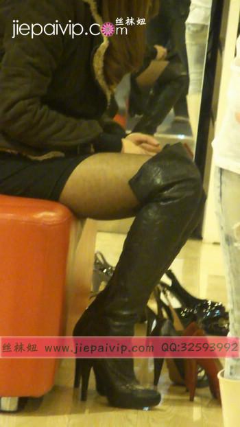街拍穿长靴子的美女54
