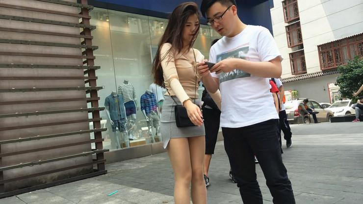 街拍短裙美女,极品翘臀3