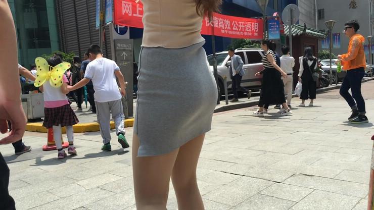 街拍短裙美女,极品翘臀4