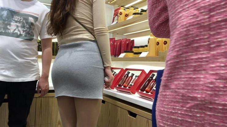 街拍短裙美女,极品翘臀6