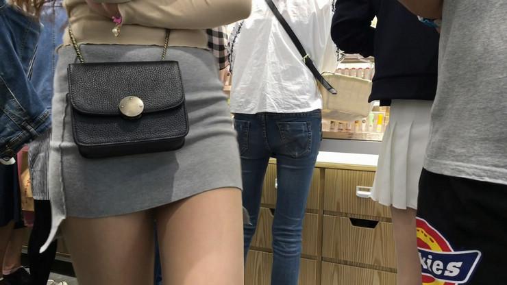 街拍短裙美女,极品翘臀9