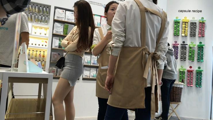街拍短裙美女,极品翘臀10