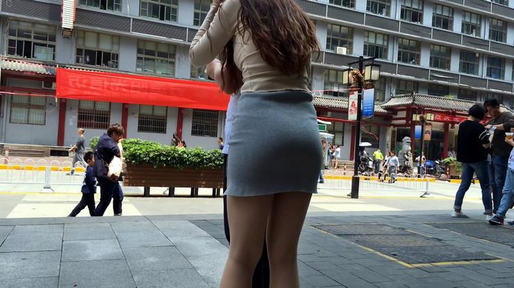 街拍短裙美女,极品翘臀20