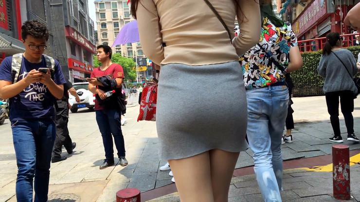 街拍短裙美女,极品翘臀22